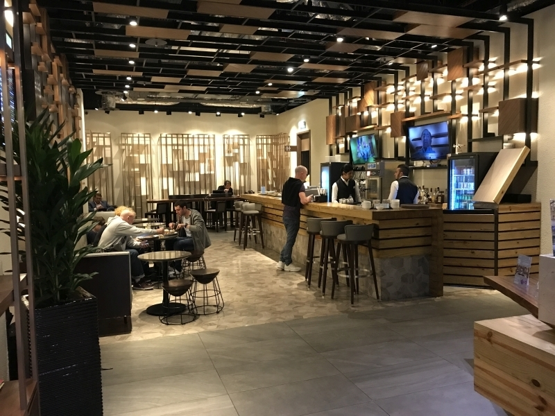 Plaza Premium Arrivals Lounge Heathrow Terminal 2 review