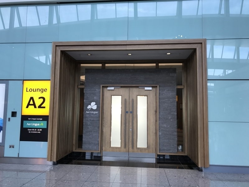 Review Aer Lingus Lounge london heathrow t2