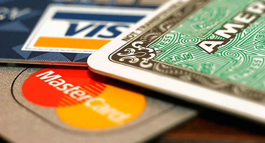 Comparing the 11 credit cards which earn you Avios