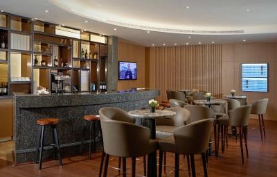 Plaza Premium lounge Abu Dhabi airport