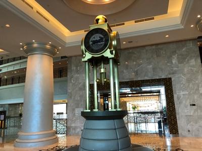 Waldorf Astoria Dubai lobby