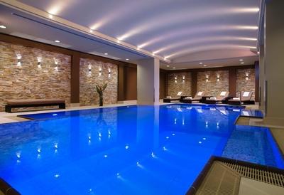 Berlin Marriott pool review