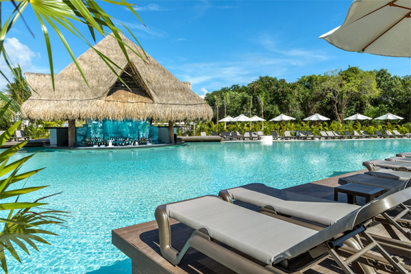 Club H10 Hotels reviewed