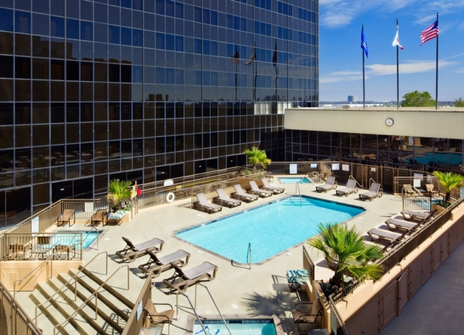 Hilton LAX pool california road trip