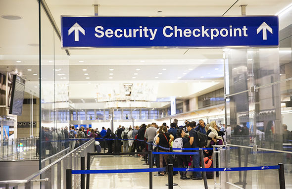 Manchester Airport free Fast Track security pass