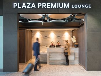 Plaza Premium Heathrow Terminal 5 overcrowding
