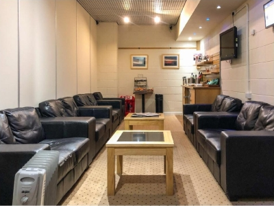 exec lounge cornwell review