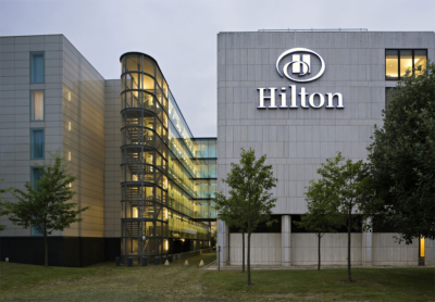 How does Hilton Honors work?