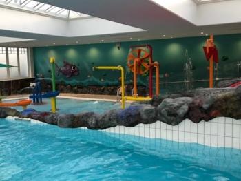 Four Seasons Hampshire kids pool