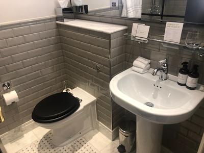 Kimpton Fitzroy bathroom