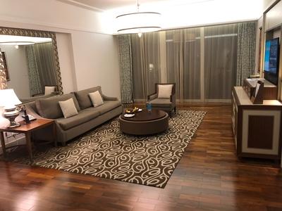 Waldorf Astoria Dubai Palm Jumeirah review