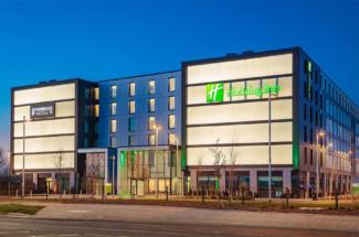 Holiday Inn Staybridge Suites Heathrow Bath Road