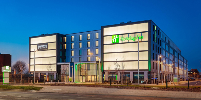 Holiday Inn Staybridge Suites Heathrow Bath Road