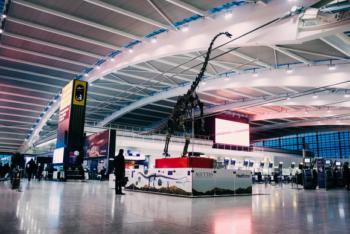 Heathrow Terminal 5 dinosaur skeleton