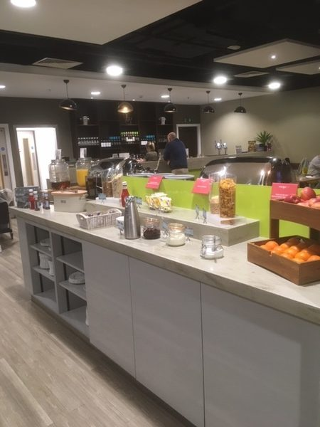 East Midlands Airport Escape Lounge buffet review