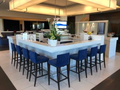 Gulf Air Lounge Heathrow Terminal 4 central bar