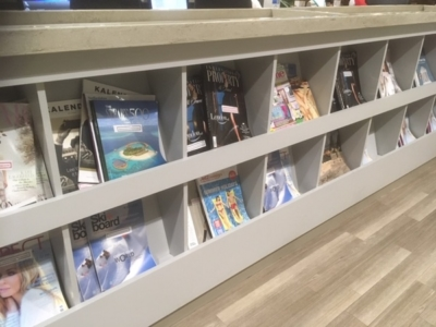 East Midlands Airport Escape Lounge magazines review
