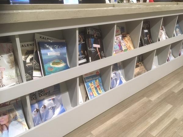 East Midlands Airport Escape Lounge magazines review