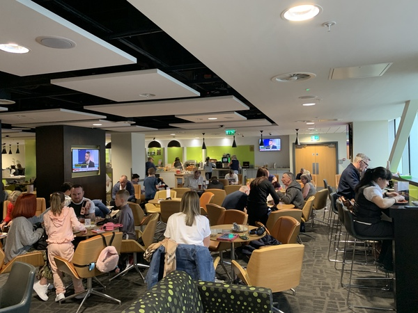 Manchester Airport Terminal 2 Escape Lounge review
