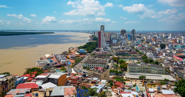 Iberia returns to Guayaquil