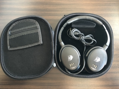 Malaysia Airlines Business Suite A350 review headphones