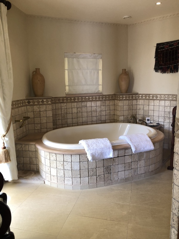 Marriott Al Maha Desert Resort Dubai bath tub