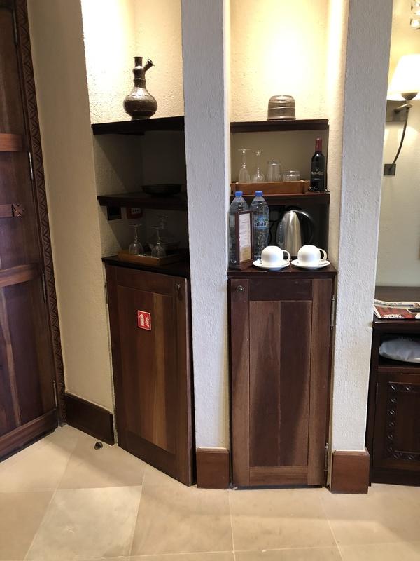 Marriott Al Maha Desert Resort Dubai suite amenities