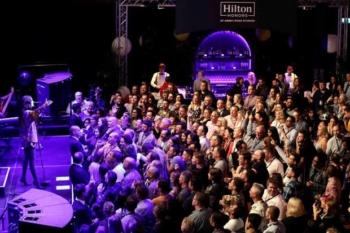 Hilton Honors Jessie J concert