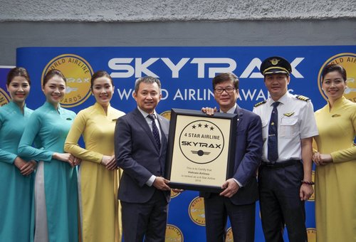 Vietnam Airlines awarded Skytrax 4 star airline