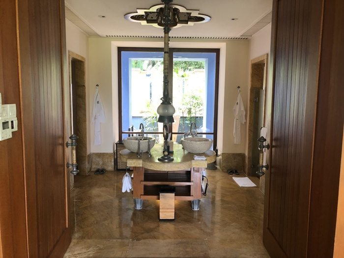 Four Seasons Langkawi review bathroom
