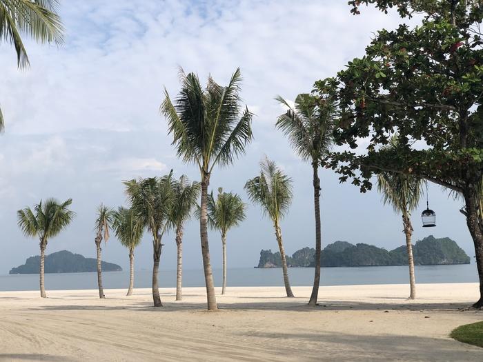 Four Seasons Langkawi review beach