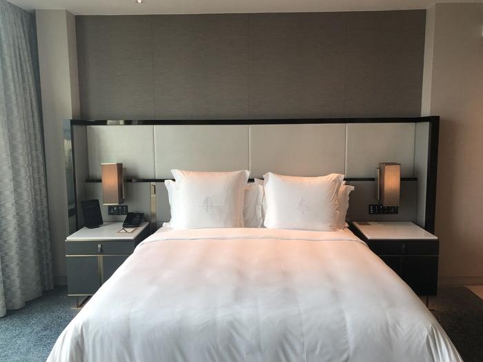 Four Seasons Kuala Lumpur review bed