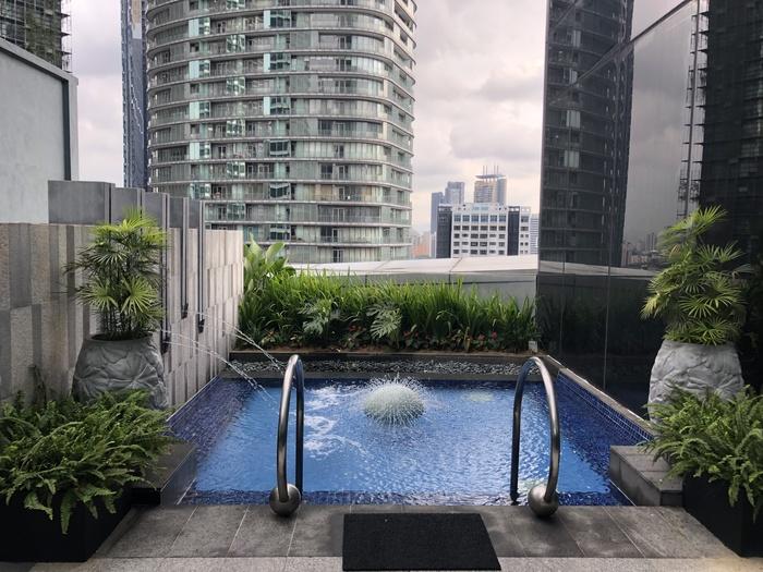 Four Seasons Kuala Lumpur review pool