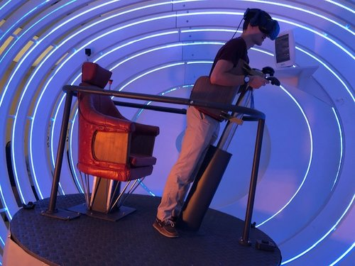 Trying out the BA2119 Virtual Reality experience