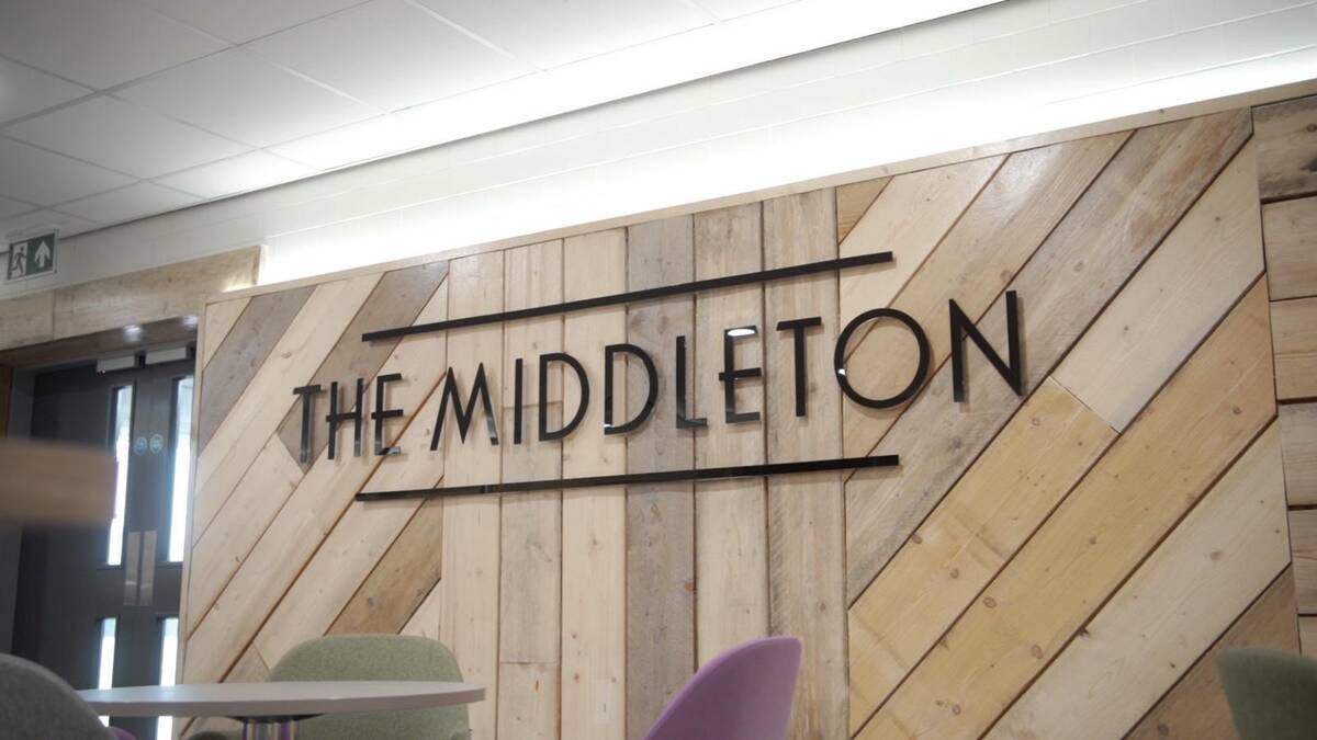 Middleton Lounge Teesside Airport review