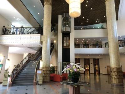 Hilton Hanoi Opera atrium