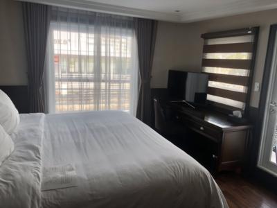 Paradise Cruises Halong Bay Paradise Elegance bedroom