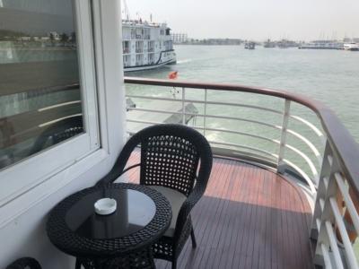 Paradise Cruises Halong Bay Paradise Elegance balcony