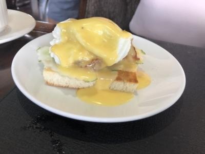 Paradise Cruises Halong Bay Paradise Elegance breakfast