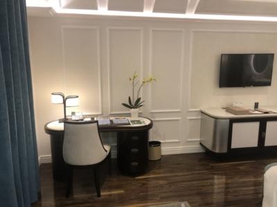 Sofitel Hotel Royal Hoi An desk