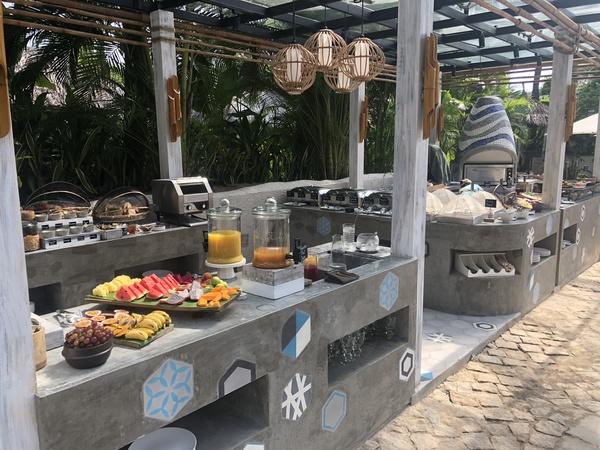 Sailing Club Mui Ne breakfast buffet