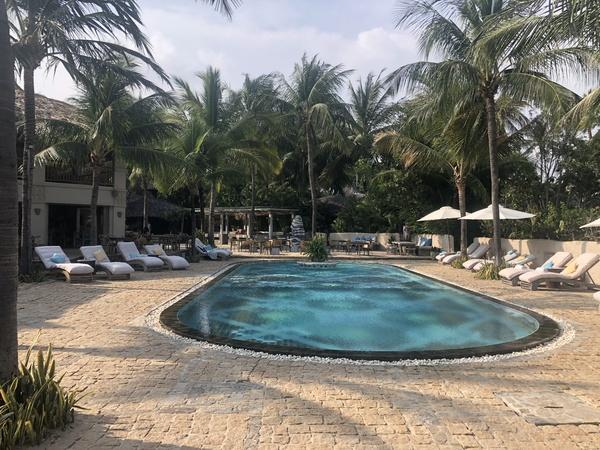Sailing Club Mui Ne pool