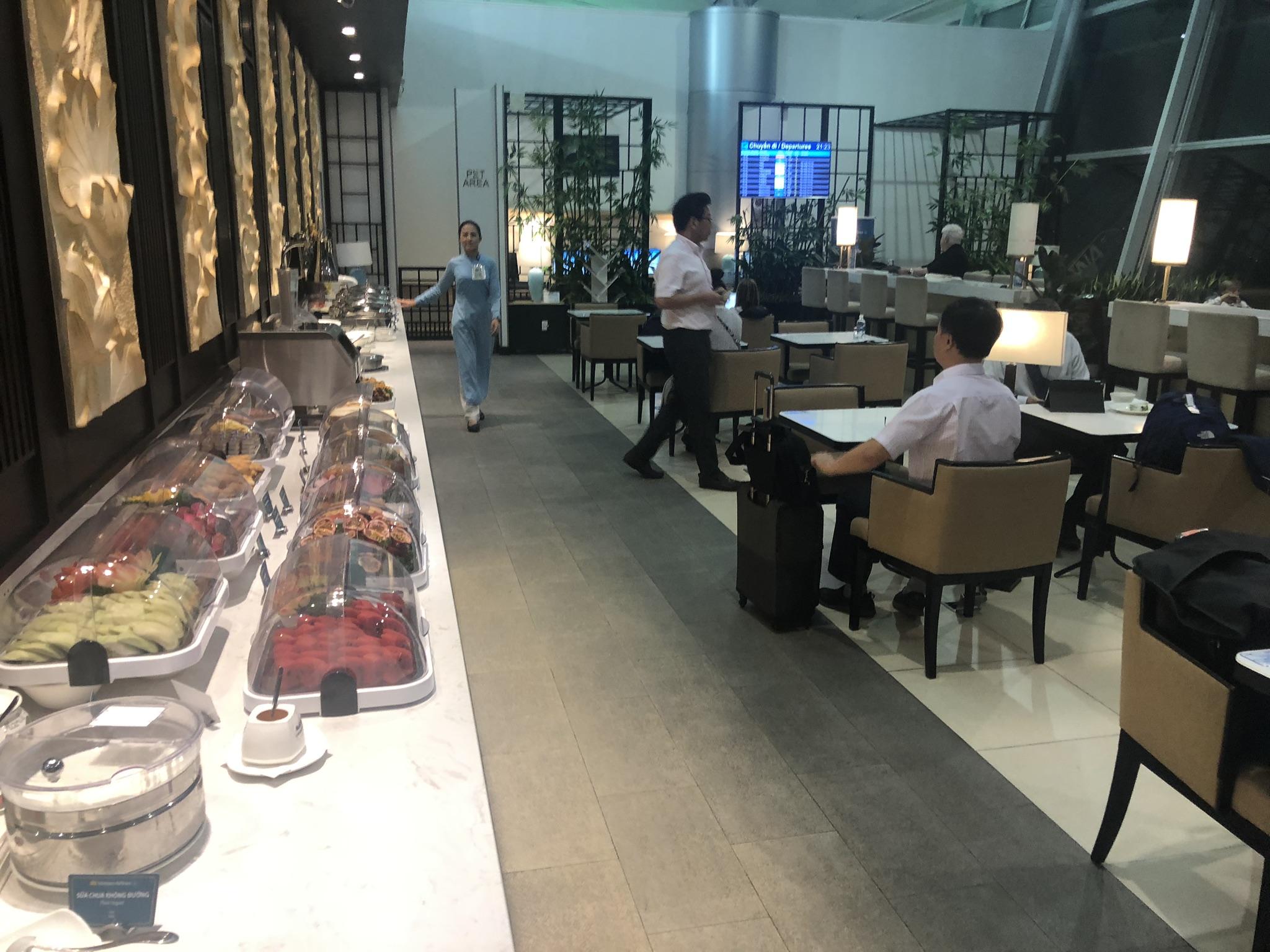Vietnam Airlines Lotus Lounge buffet