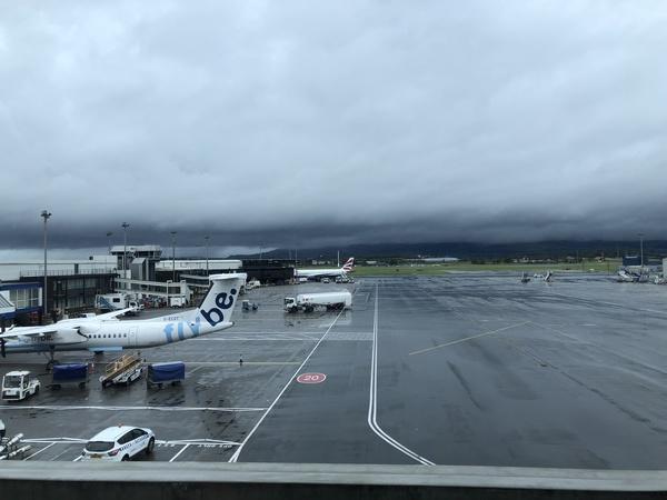 Lomond Lounge Glasgow Airport view