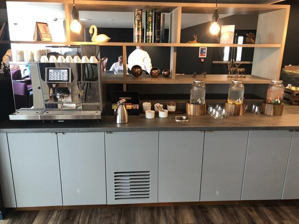 Lomond Lounge Glasgow Airport coffee machine