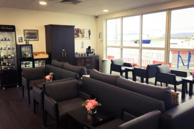 Amelia Earhart Lounge