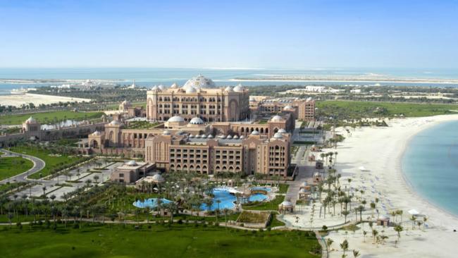 Mandarin Oriental to manage Emirates Palace hotel from Kempinski
