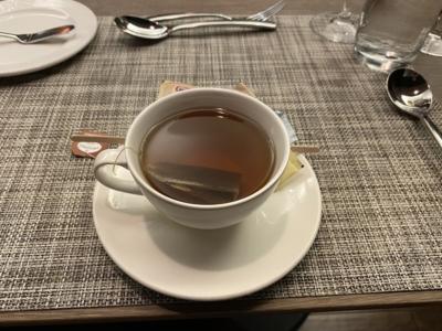 British Airways lounge Washington Dulles tea