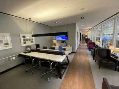 British Airways lounge Washington Dulles workstation
