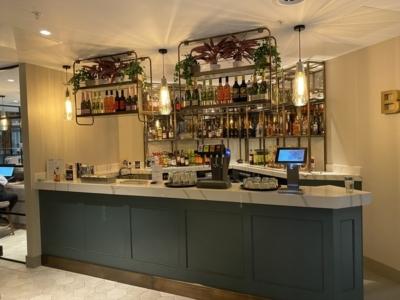 new Aspire Lounge EDI bar